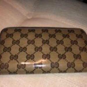 Gucci ziparound crystal wallet